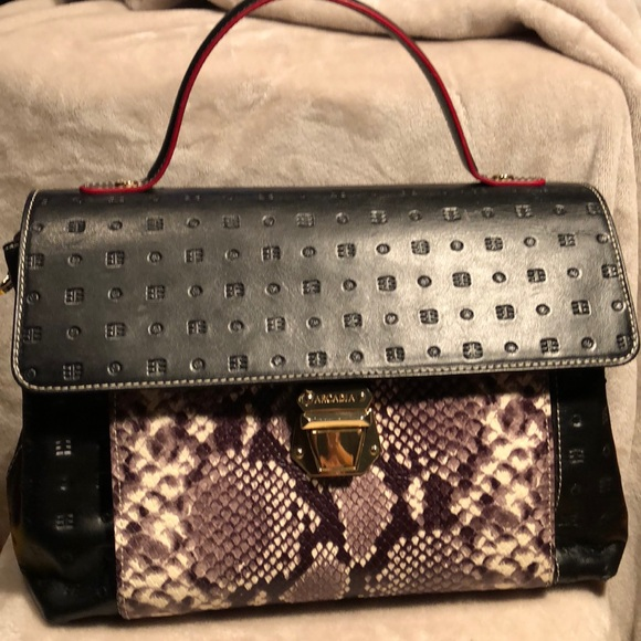 Arcadia Handbags - NWOT ARCDIA ITALIAN FAUX SNAKESKIN/BLK LEATHER BAG